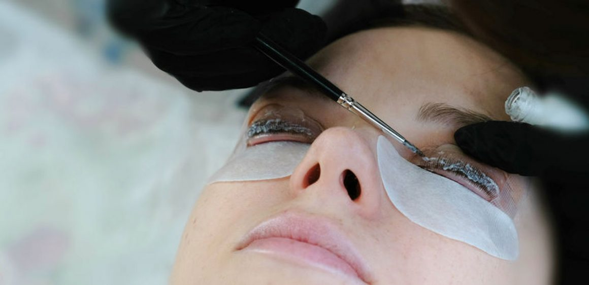 Wimpernlifting / Lashbotox